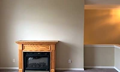Living Room, 16684 Dover Dr, 1