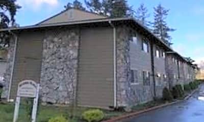 Building, 615 SE 187th Ave, 1