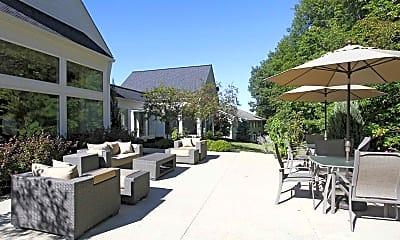 Courtyard, Portage Pointe Apartments, 0