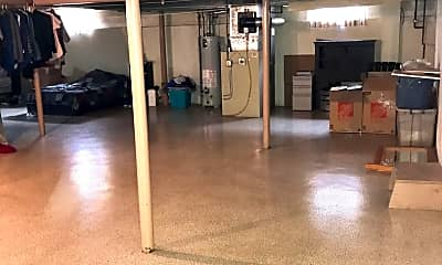 Fitness Weight Room, 11009 Kingston St, 2
