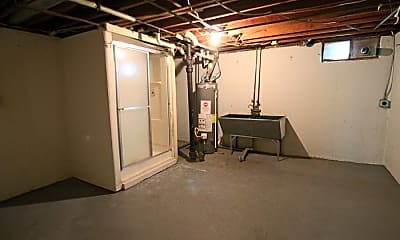 Bedroom, 2103 Eden Ave, 2