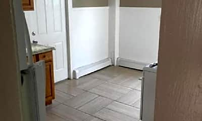 Bathroom, 4 Kenwood Terrace, 1