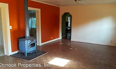 Living Room, 235 Ash St, 1