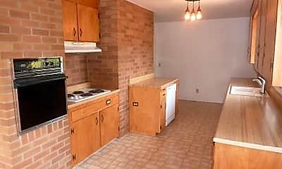 Kitchen, 165 Sunrise Ave, 1