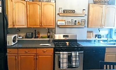 Kitchen, 706 E 5th St, 1