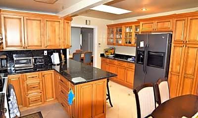 Kitchen, 997 Casanova Ave, 1