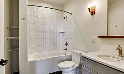 Bathroom, 212 N 2nd St 206, 2