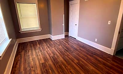 Living Room, 826 5th Ave, 2