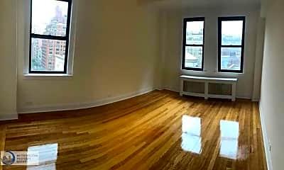 Living Room, 192 E 75th St, 1