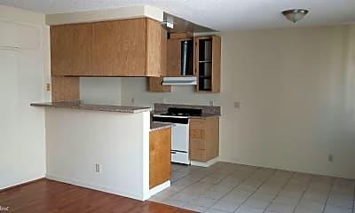 Kitchen, 823 Fedora St, 2