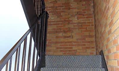 Building, 21140 Detroit Rd, 1