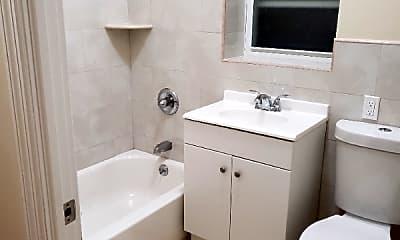 Bathroom, 2286 Beaumont Ave, 0