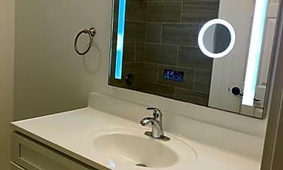 Bathroom, 900 N Rohlwing Rd, 2