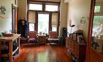 Living Room, 1811 W Cortland St 1, 1