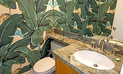 Bathroom, 301 Headlands Ct, 2