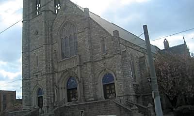 Building, 1033 Winton St, 1