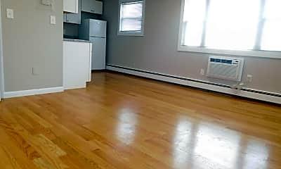 Living Room, 121 Ash St, 0