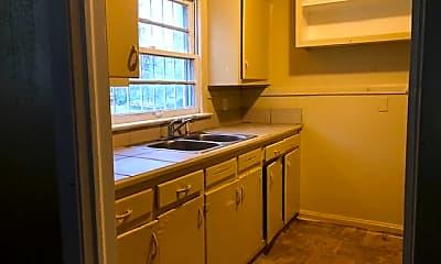 Kitchen, 3600 Lee Dr, 2