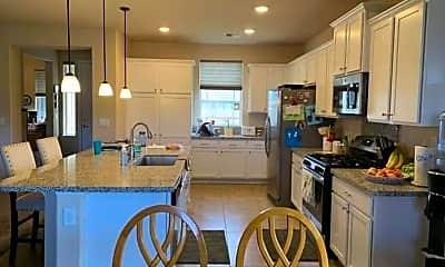 Kitchen, 1199 Spruce Meadows Dr, 2