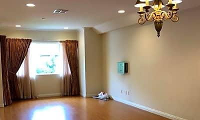 Dining Room, 434 East Cedar Ave, 1