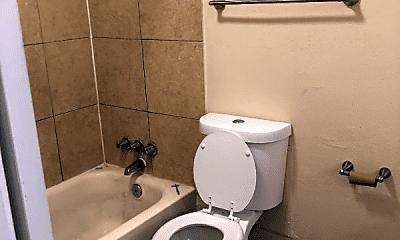 Bathroom, 2365 Emporia St, 2