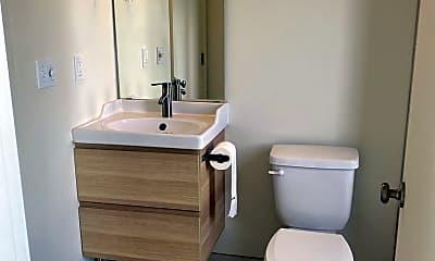 Bathroom, 31 D Ave, 2