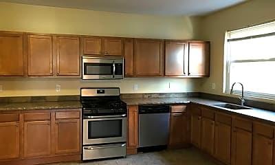 Kitchen, 7218 Meade St, 1