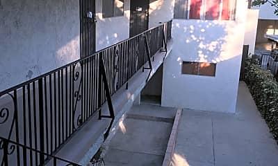 Patio / Deck, 7222 Whittier Ave, 2