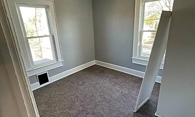 Bedroom, 200 S Maple Ave, 2