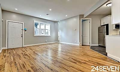 Living Room, 546 Chauncey St, 0