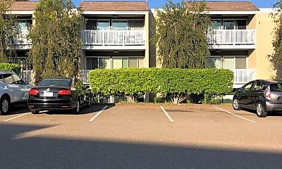 Modernaire Apartments, 2
