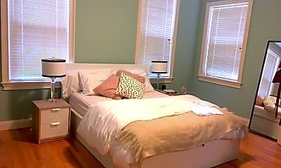 Bedroom, 7 Trumbull St, 2