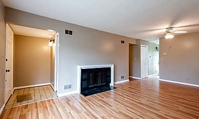 Living Room, 622 Cambridge Station Rd, 1