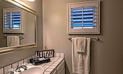 Bathroom, 3841 E Elm St, 2