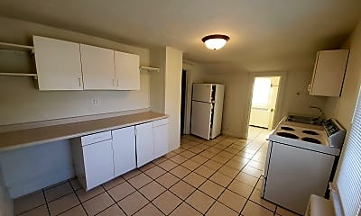 Living Room, 825 Park Avenue, 0