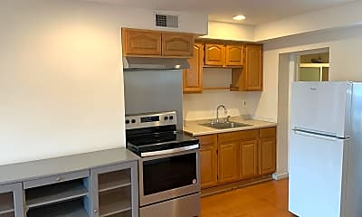 Kitchen, 643 Washington Ave, 0