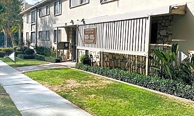 Building, 275 S Marengo Ave, 1