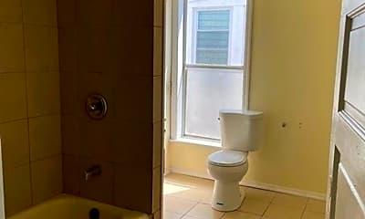 Bathroom, 2236 N 4th St, 1