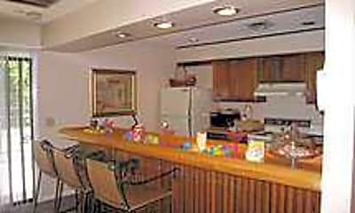 Kitchen, Creekside Apartment Homes, 2