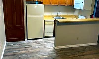 Kitchen, 9807 Walnut St 304, 1