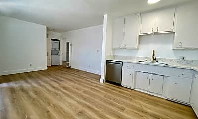 Living Room, 4705 W 173rd St, 1