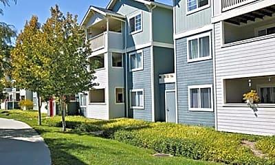 Ridgeway Apartments, 0