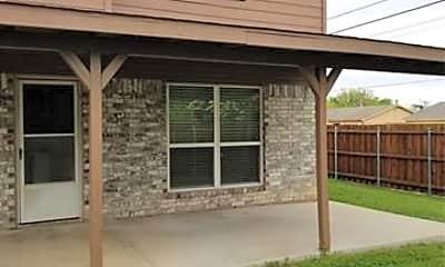 Building, 6701 Driffield Cir E, 2