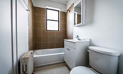 Bathroom, 5330 W Harrison, 2