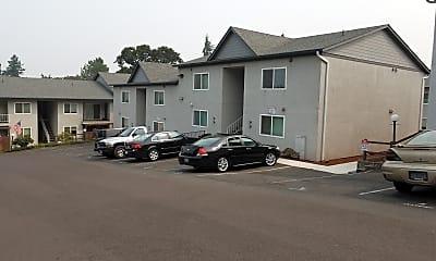 Twin Oaks Apartments, 2