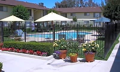 Hacienda Garden Apartment Homes, 1