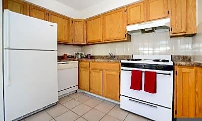 Kitchen, 405 Franklin Turnpike, 1