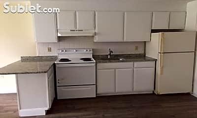 Kitchen, 21 Horne St, 1