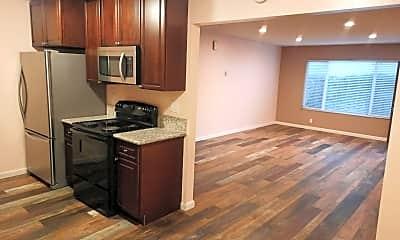 Kitchen, 25356 Cole St, 1