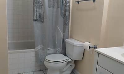 Bathroom, 5646 N Kenmore Ave 1C, 2